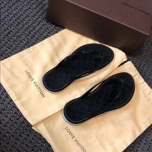 Louis Vuitton Black FD 0170 Flats